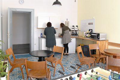 Erzieher-Ausbildung: Pro Inklusio, Schulgebäude, Caféteria